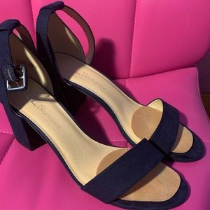CL By Laundry Navy Blue Heels